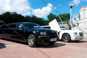 Chrysler 300C черный