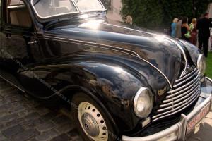 BMW черный ретро