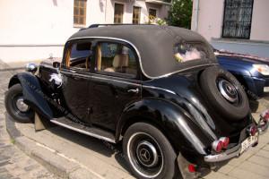 Mercedes W136 черный ретро